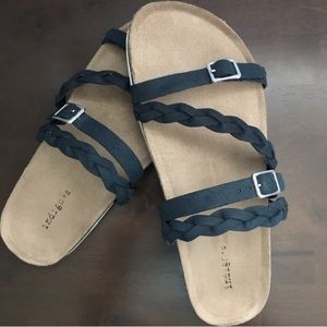 BNIB Navy Strappy Sandals with Arch Support 9.5